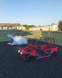 playground-hippo1
